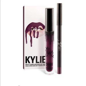 Kylie cosmetics- kourt k